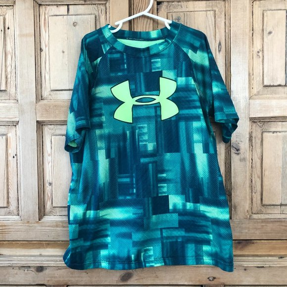 Boy's Green Under Armour YL Large